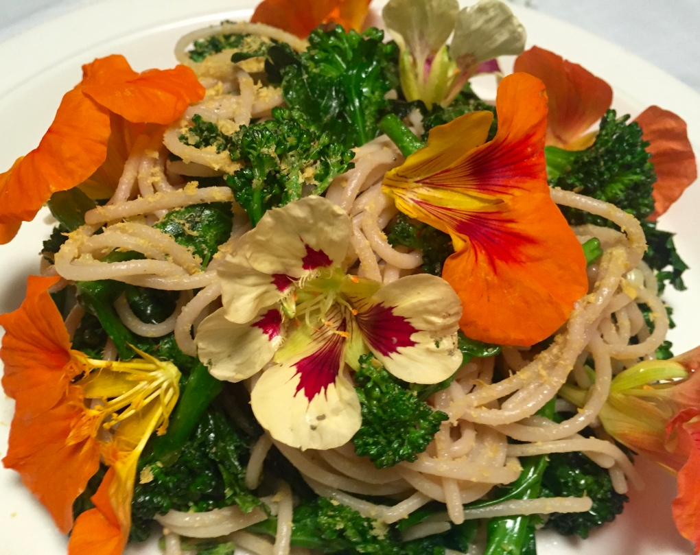 spaghetti with calabrese broccoli